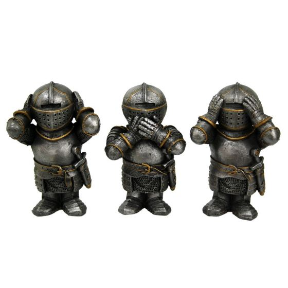 Three Wise Knights 8.8cm